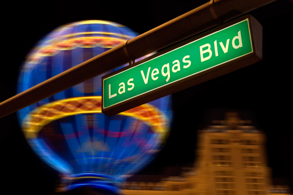Las-Vegas-Boulevard-Sign