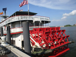 New-Orleans-Paddle-Steamer