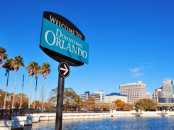 Sign-to-Downtown-Orlando
